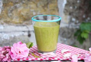 recipe_thumb_mango-moringa-smoothie_04b601b7-54bf-436b-aec9-2d4b42ee6022[1]